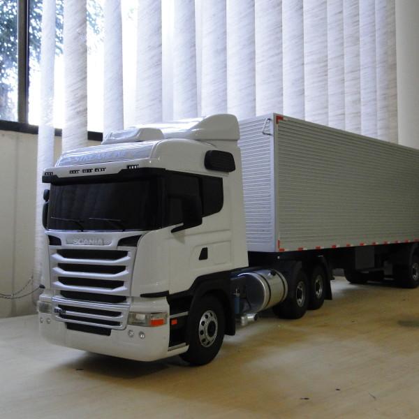 Baú_Scania._F1