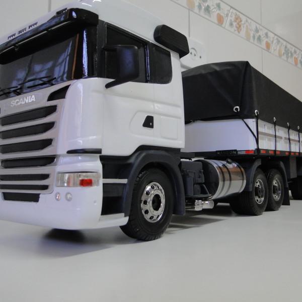 Carreta_Scania._F20